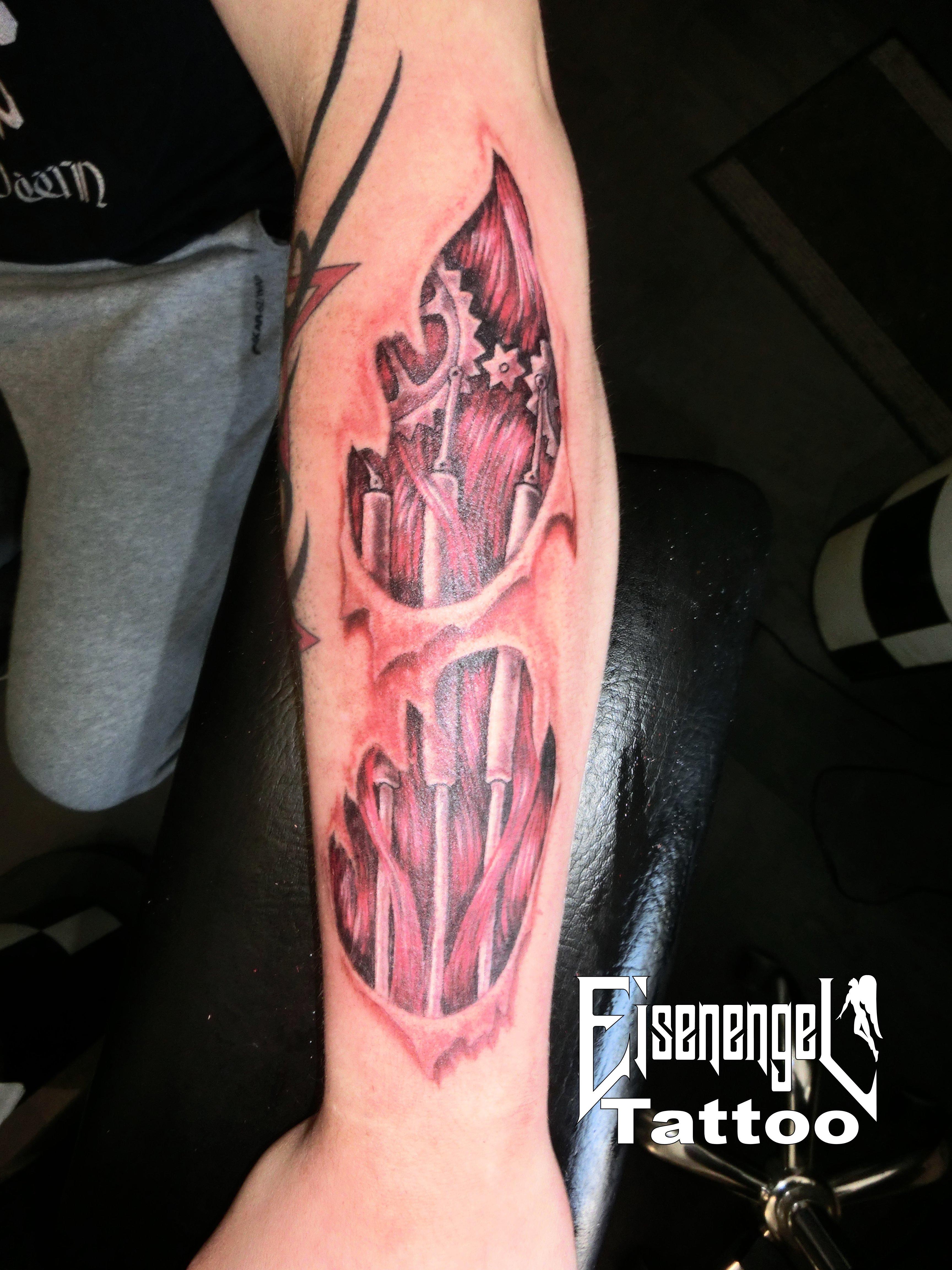 tattoo_biomechanik.JPG