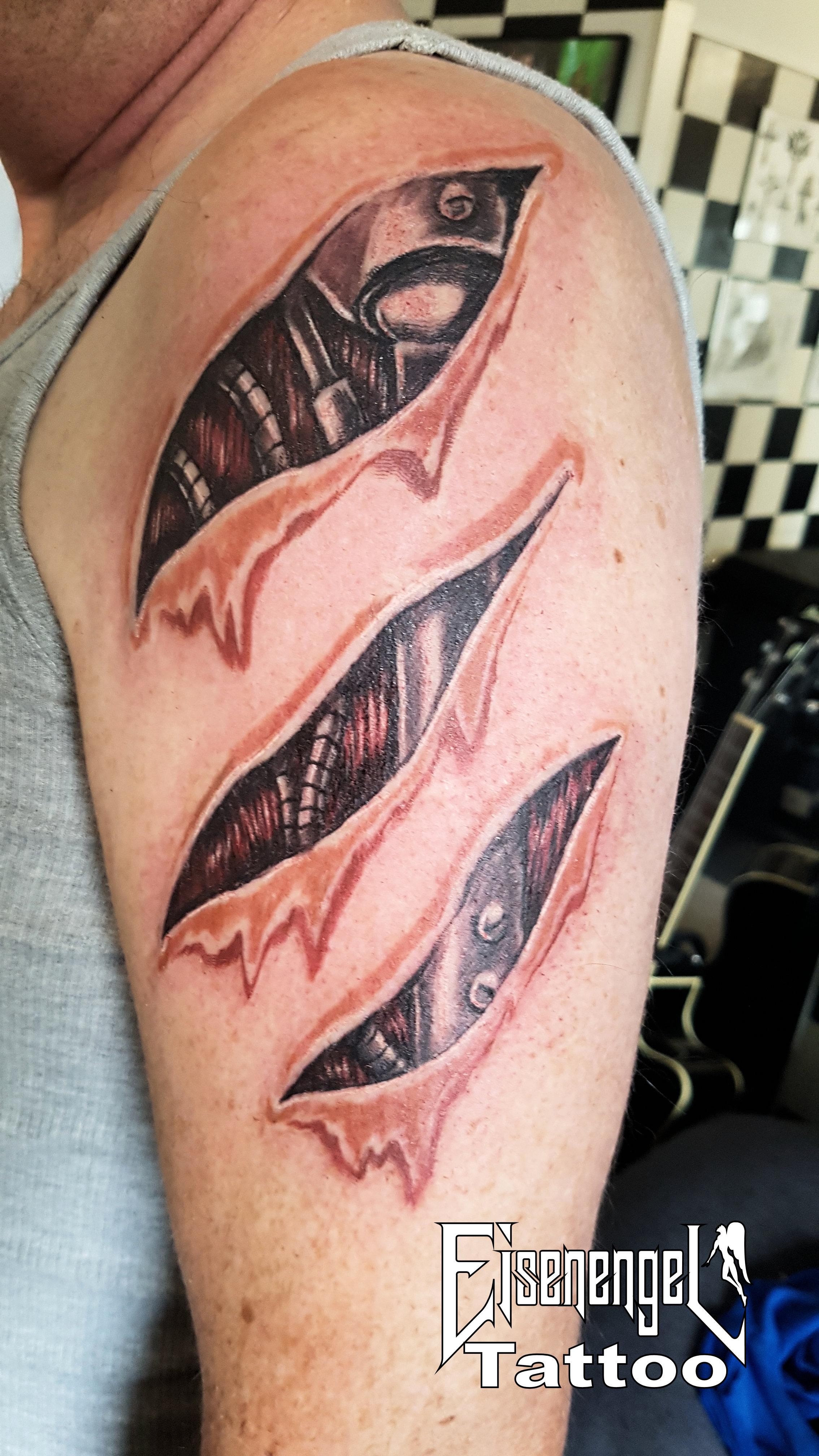 tattoo_biomechanik2.jpg