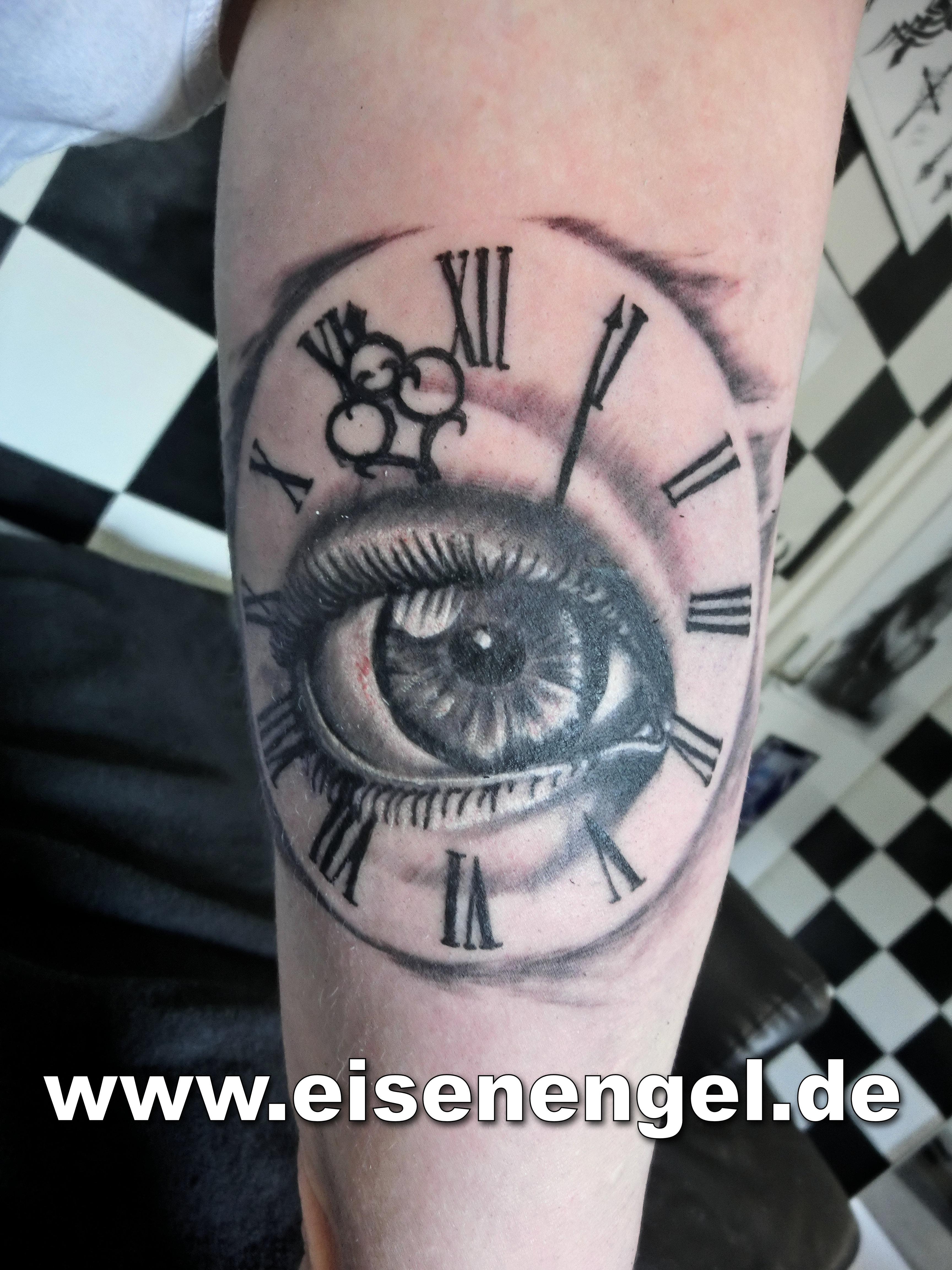 tattoo_auge_uhr.JPG