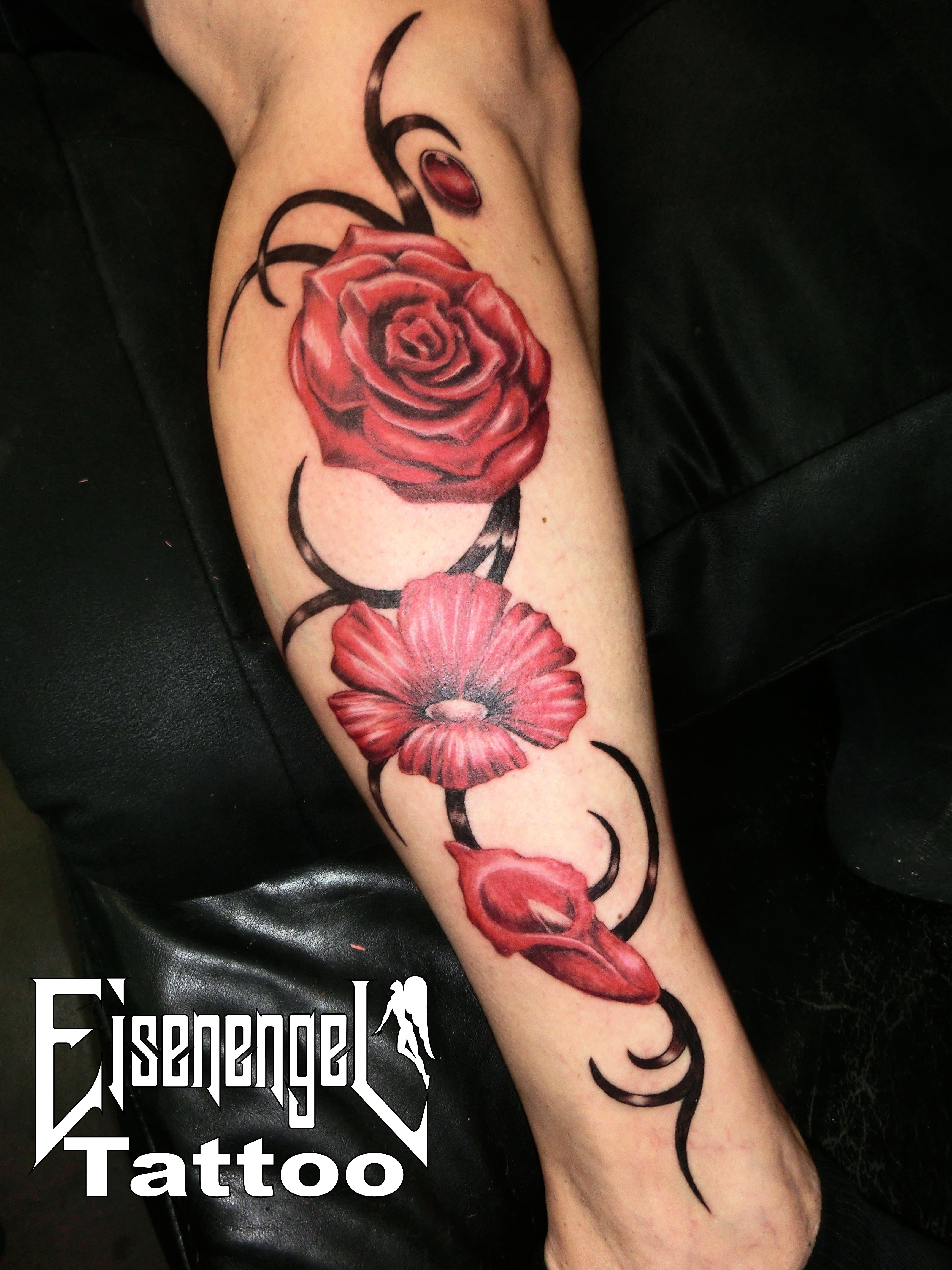 tattoo_blumen_ranke.JPG